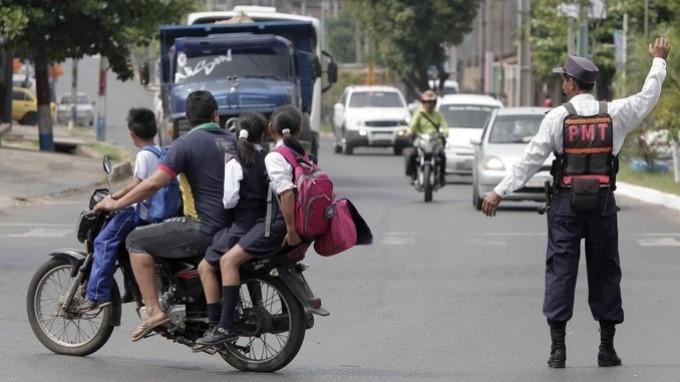IRRESPONSABILIDAD Y FALTA DE CONTROL A MOTOS FORMAN CÓCTEL MORTAL EN PARAGUAY